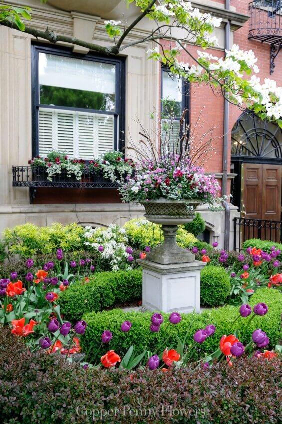 Beautiful Garden In Back Bay, Boston